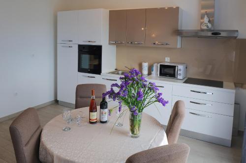 Kuchyň nebo kuchyňský kout v ubytování Apartment Petar