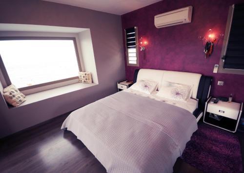 Cama ou camas em um quarto em #10 Pool Villa Bliss by TAHITI VILLAS