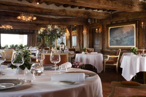 A restaurant or other place to eat at La Ferme Saint Simeon Spa - Relais & Chateaux