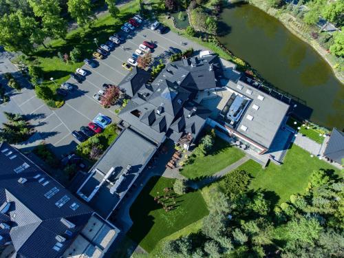 Widok z lotu ptaka na obiekt Kolumna Park Hotel