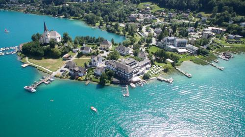 A bird's-eye view of Hotel Linde