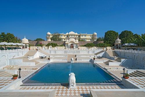 The swimming pool at or close to Nahargarh Ranthambhore