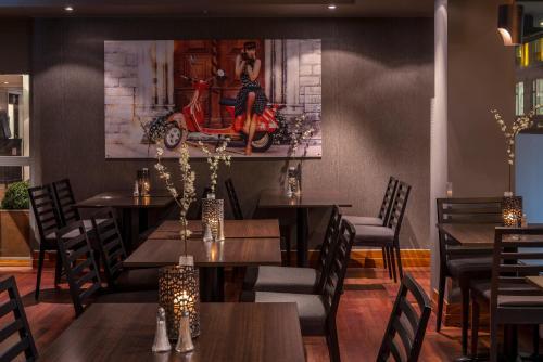 En restaurant eller et andet spisested på First Hotel Millennium