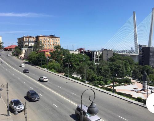 Общий вид на город Владивосток или вид на город из апартаментов/квартиры