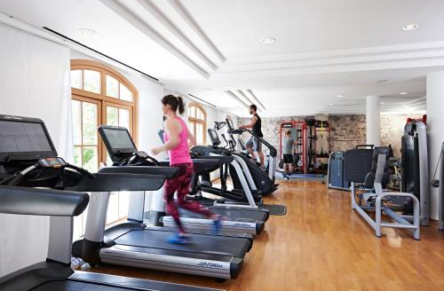 The fitness center and/or fitness facilities at A-ROSA Kitzbühel