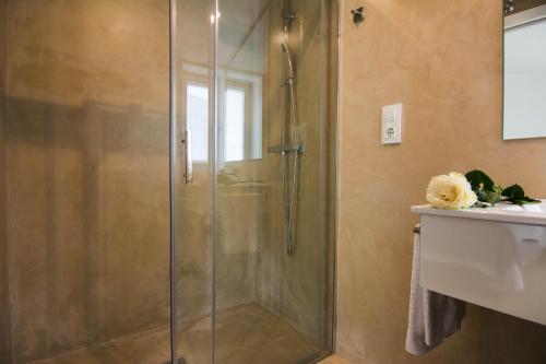 A bathroom at Casa Adro