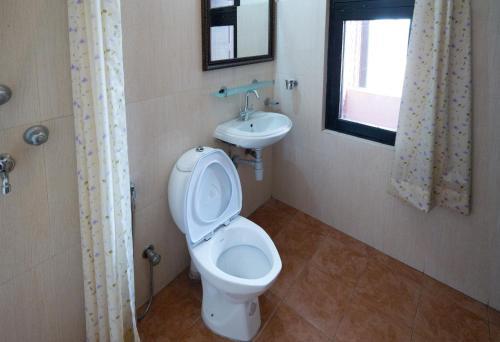 A bathroom at Planet Bhaktapur Hotel