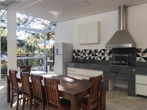 A cozinha ou cozinha compacta de Gaudi Loft Design