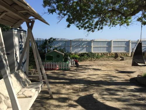 Детская игровая зона в Кипарис
