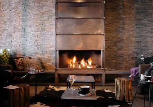 A restaurant or other place to eat at Langley Hôtel Tignes 2100