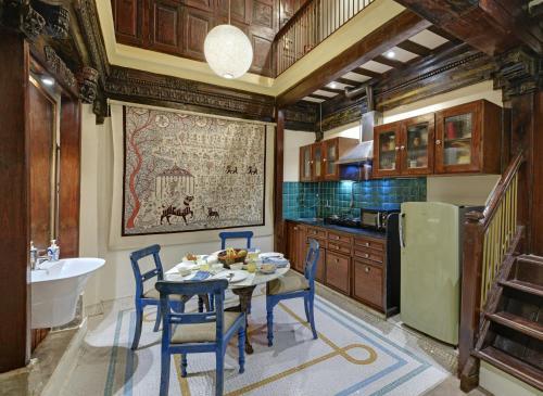 A kitchen or kitchenette at Dodhia Haveli