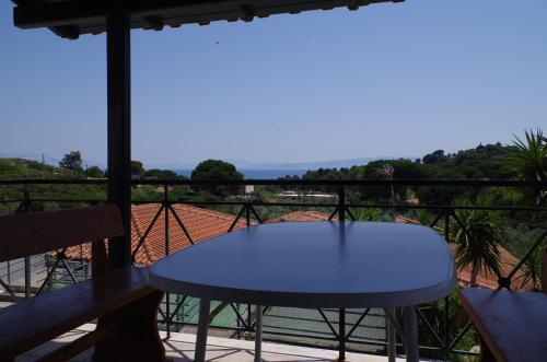 A balcony or terrace at Esperos Hotel