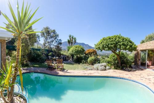 Der Swimmingpool an oder in der Nähe von Hout Bay Hilltop