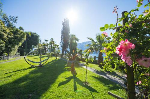 A garden outside Parkhotel Brenscino Brissago