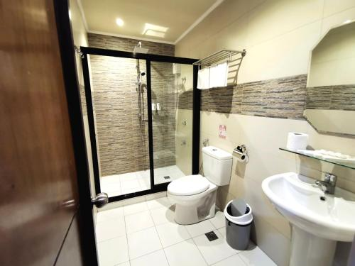 A bathroom at Charms Hotel