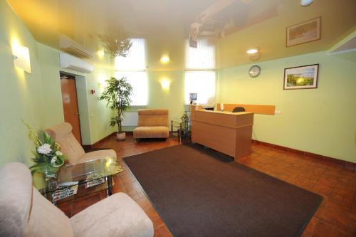 The lobby or reception area at Na Ilyinke