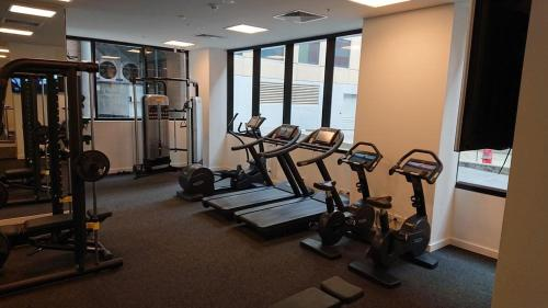 The fitness center and/or fitness facilities at Whitehourse Towers-1BR-1BA-Amazing View-Boxhill