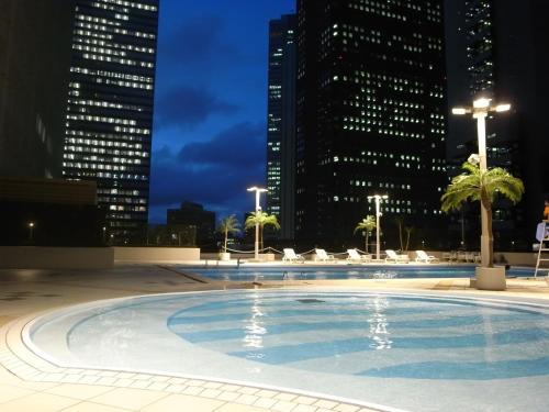The swimming pool at or near Keio Plaza Hotel Tokyo
