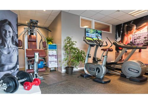 The fitness center and/or fitness facilities at ibis Styles Strasbourg Stade de la Meinau