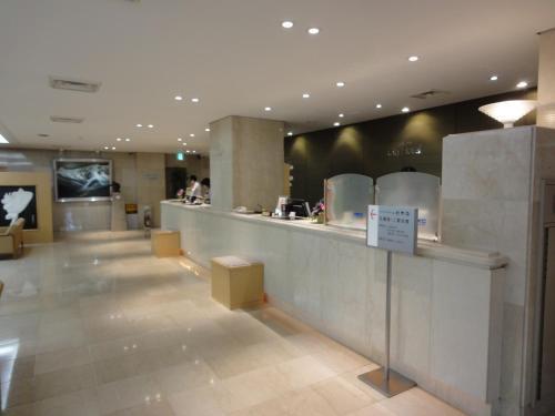 Area lobi atau resepsionis di Tottori City Hotel