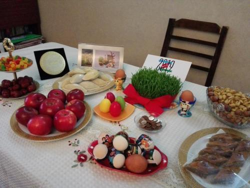 Opções de café da manhã disponíveis para hóspedes em Center Baku Fantain sq.