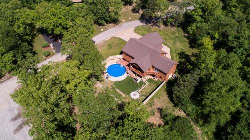 A bird's-eye view of Teal's Treasure Home