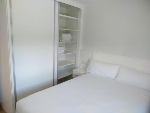 A bed or beds in a room at Casa Da Fonte