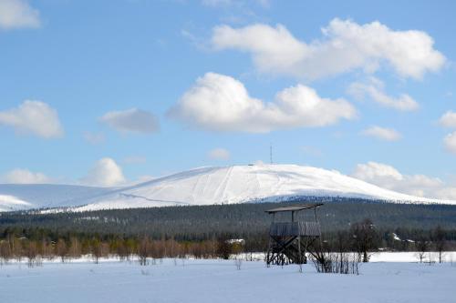 Talo Ylläs during the winter