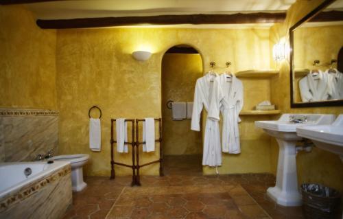Łazienka w obiekcie La Reserva Rotana