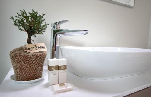 A bathroom at Hotel Nibaru