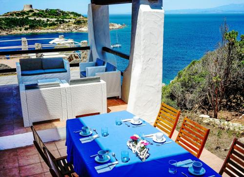 A restaurant or other place to eat at Villa Elena B&B experience