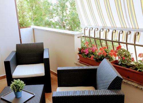 A balcony or terrace at Zama Bed&Breakfast
