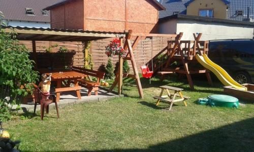 Plac zabaw dla dzieci w obiekcie Anielskie Pokoje