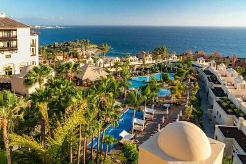 Vista sulla piscina di Vincci Selección La Plantación del Sur o su una piscina nei dintorni