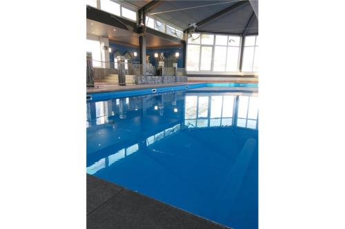 The swimming pool at or near PDS Deluxe 6 personen