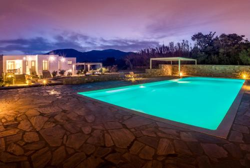 The swimming pool at or near Kallirroe Deluxe Villa with Sea View and Pool