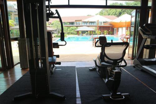 Das Fitnesscenter und/oder die Fitnesseinrichtungen in der Unterkunft Bundhaya Villas