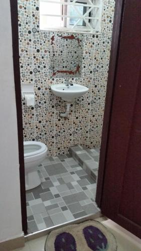 A bathroom at MAC-P GUESTHOUSE