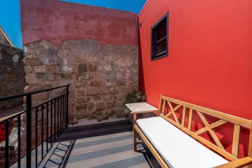 En balkong eller terrass på Zacosta Villa Hotel