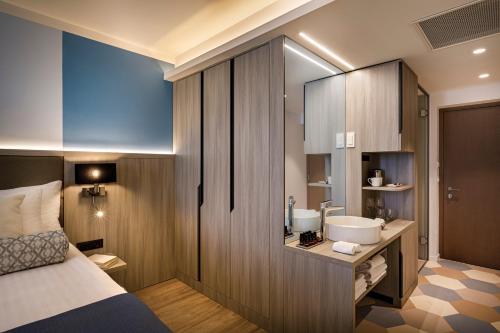 A bathroom at Valamar Carolina Hotel & Villas