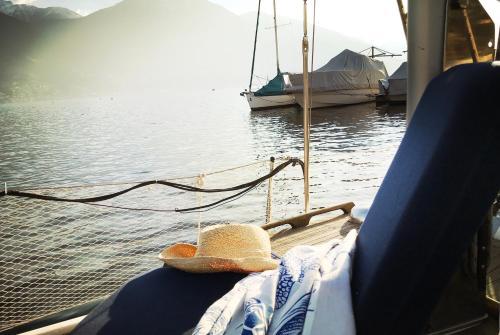 Do-Minus Sail boat
