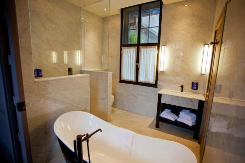 A bathroom at The Dean Dublin