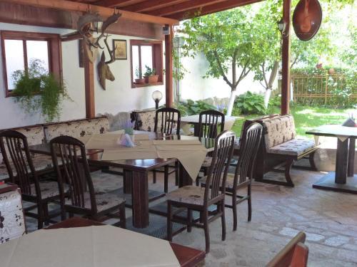 Ресторант или друго място за хранене в Хотел Берое