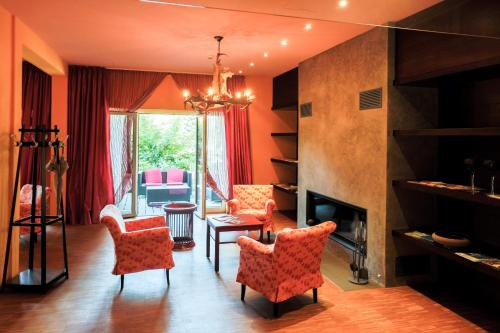 A seating area at Nashira Kurpark Hotel -100 prozent barrierefrei-