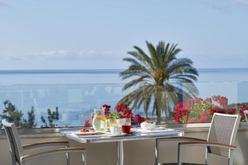 En restaurang eller annat matställe på Rodos Princess Beach Hotel
