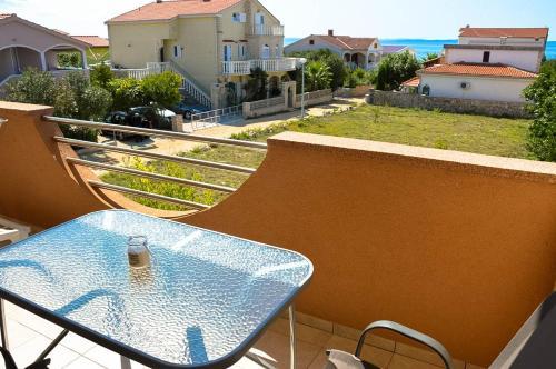 A balcony or terrace at Villa Dobra Holiday Apartments