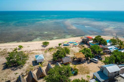 A bird's-eye view of Buen Hombre Kite School with Accommodations