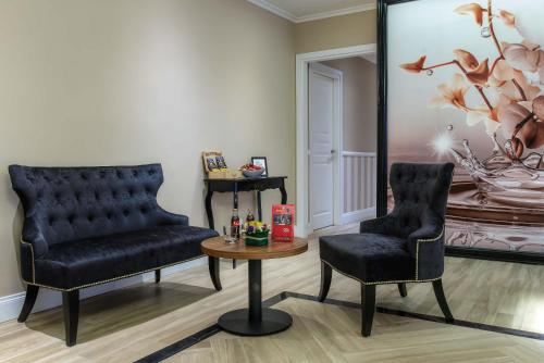 A seating area at The Boutique Hotel