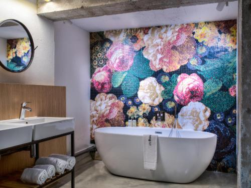 A bathroom at Little Grand