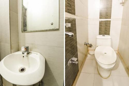 A bathroom at Devi Palace Resort